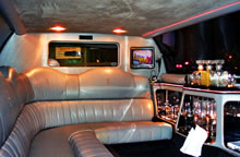 Edinburgh Henparty limo Hire